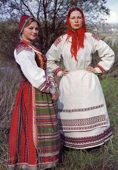 FolkCostume&Embroidery: One Costume, Three Countries. Polish Clothing, Folk Clothing, Hippie Costume, Folk Costume, 50s Costume, Ethnic Fashion, 70s Fashion, Hippie Fashion, Fashion Trends