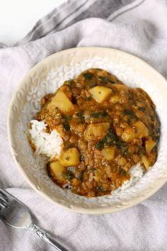 Vegan Curry, Lentil Curry, Vegan Stew, Vegetarian Curry, Lentil Soup, Curry Recipes, Vegetarian Recipes, Cooking Recipes, Potato Recipes