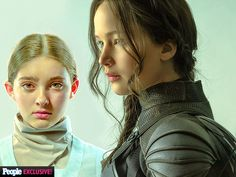 """The Incredible Hunger Games Portraits You Haven't Seen Yet   KATNISS & PRIMROSE   """"In Suzanne Collins's books, their relationship is really the heartbeat of the book series and movies,"""" he said. """"It really tracks back to this reluctant hero who makes the biggest sacrifice for her sister. It was prophetic that we would happen to get them together on the day Jennifer Lawrence became the Mockingjay."""""""
