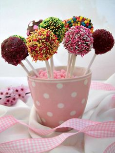 Cake pops al cioccolato - Home Sweet Home Brownie Frosting, Brownie Cake, Cake Pops, Kids Menu, Healthy Meals For Kids, Alice, Wedding Catering, Cute Food, Themed Cakes