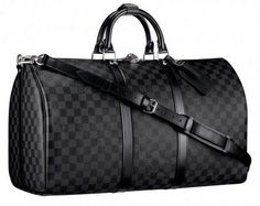 Luis Vuitton Holdall in black/grey. #travel in style