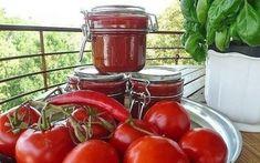 10 заготовок из помидоров на зиму. Homemade Ketchup Recipes, Preserves, Pickles, Frozen, Cooking Recipes, Canning, Vegetables, Food, Frugal