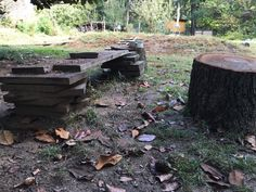 How to set up a simple, movable mud kitchen Outdoor Learning Spaces, Outdoor Education, Outdoor Spaces, Fairy Dust Teaching, Reggio Inspired Classrooms, Preschool Garden, Pre K Activities, Mud Kitchen, School Sets