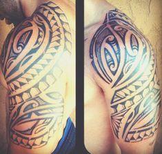 tatouage-epaules-maori-haut-bras-homme-symboles-motifs-modele-dessin-polynesiens-tribal-ombrages-tressages-men-shoulder-tattoo
