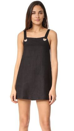 ¡Consigue este tipo de vestido informal de Nice Martin ahora! Haz clic para ver los detalles. Envíos gratis a toda España. Nice Martin Kendal Dress: Exclusive to Shopbop. Large, polished eyelets at the neckline add a utilitarian touch to this Nice Martin shift dress. Sleeveless. Unlined. Fabric: Plain weave. 100% linen. Hand wash. Imported, Indonesia. Measurements Length: 31.5in / 80cm, from shoulder Measurements from size S (vestido informal, casual, informales, informal, day, kleid…