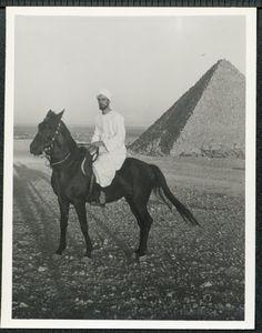 Martin Lings (Abū Bakr Sirāj ad-Dīn) / 1940th