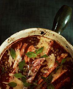 Bbq-bataattivuoka Wine Recipes, Thai Red Curry, Chili, Bbq, Soup, Vegetarian, Vegan, Ethnic Recipes, Barbecue