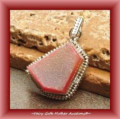 'RED AGATE DRUZY GEMSTONE PENDANT' is going up for auction at  9am Fri, Aug 2 with a starting bid of $10.