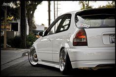 1998 White Honda Civic hatchback