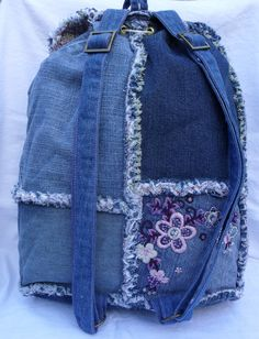 Etsy の Denim patchwork backpack by poppypatchwork Mochila Jeans, Denim Ideas, Denim Patchwork, Embroidery Patches, Denim Bag, Back Strap, Printed Cotton, Metal Working, Fashion Backpack