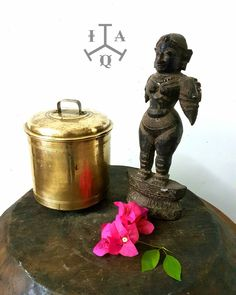 Antique super rare golden brass thooku Sambadam 80+years ol