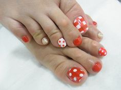 I may try this on my toes!!!