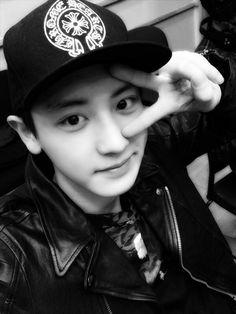 EXO | Chanyeol | Black & White | Smile | Vsingn