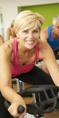 Are you over 40 and have an active lifestyle? If so, you might want to consider wearing multifocal contact lenses.