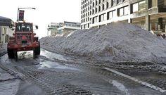 Washington se recupera de la tormenta Jonás con la ayuda de trabajadores y ciudadanos