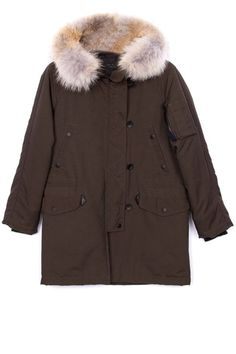 Now is the time to get your coat game in check. Prep for rumors of another oncoming East Coast Polar Vortex and go extra-cozy in a parka—form meets function under a great hood. Parka Coat, Fur Coat, Best Parka, Winter Chic, Cozy Winter, Fashion Articles, Winter Jackets, Winter Parka, Canada Goose Jackets