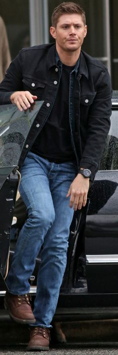 DIMPLES! Jensen BTS of 10x20 Angel Heart (March 12,2015)