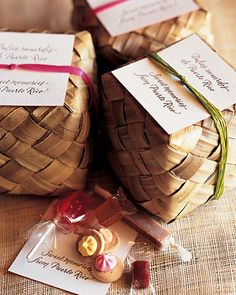 """Each guest is sent home with a card that reads """"Dulces recuerdos de Puerto Rico"""" and the phrase's English translation, """"Sweet memories from Puerto Rico."""""""