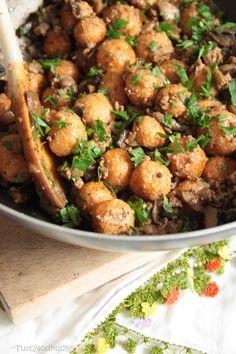 Turcja od kuchni: Bulgur köftesi z pieczarkami i mięsem mielonym