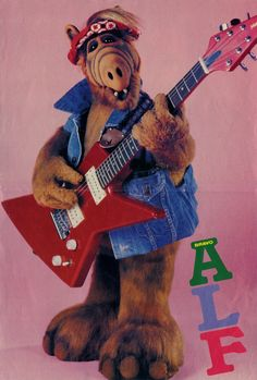 """Alf, an oldie, but was great while it lasted. Even named one of my dogs """"Alf"""". 90s Childhood, My Childhood Memories, Sweet Memories, Mejores Series Tv, Alien Life Forms, Cinema Tv, 80s Kids, Old Tv Shows, Vintage Tv"""