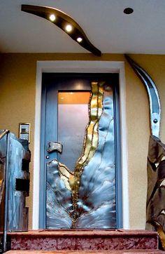 GAHR metal art studio - door