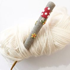 Toadstool crochet hook woodland polymer clay by PedrosPlaques