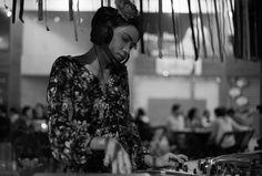 Bom pra Cabeça & Rádio Clube da Boa Música - Posts Modelo capixaba encarna Frida Kahlo em exposição de fotografias no Jalapeño