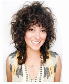 When your curly hair is always the same shape and you are dying for major change. - When your curly hair is always the same shape and you are dying for major change. Curly Shag Haircut, Haircuts For Curly Hair, Shag Hairstyles, Curly Hair Cuts, Curly Hair Styles, Grey Curly Hair, Layered Curly Hair, Hair Photo, Hair Trends