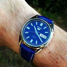 Seiko snxs77 blue leather
