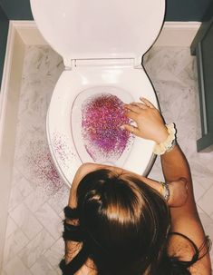 Ideas Wallpaper Glitter Cinza For 2019 Boujee Aesthetic, Bad Girl Aesthetic, Aesthetic Pictures, Alcohol Aesthetic, Summer Aesthetic, Aesthetic Grunge, Glitter Photography, Tumblr Photography, Iphone Photography