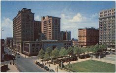 Rodney Square and Public Library Wilmington, Delaware