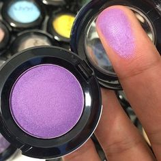 HOT SINGLES EYE SHADOW | NYX COSMETICS