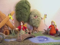 Træer Spring Nature Table, Autumn Nature, Kindergarten, Tables, Dolls, Vintage, Spring, Pentecost, Seasons Of The Year
