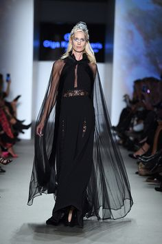 Μάξι μαύρο φόρεμα συνδυασμένη με μαύρη διάφανη κάπα Collection, Dresses, Fashion, Vestidos, Moda, Fashion Styles, Dress, Fashion Illustrations, Gown
