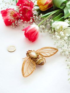 Hand embroidered Brooch ''Golden Busy Fly'' by Eve Anders. Handmade Jewelry design.