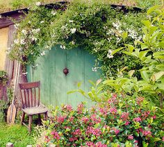 A hobbit's home; love to live in one! Human sized of course! :)