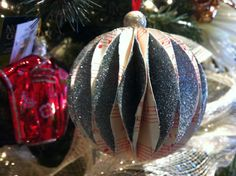 Origami Christmas Ornaments With Silver Color Flickering
