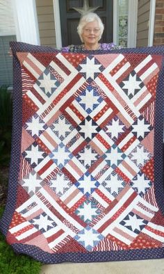 American Dream, made by Regina Penfold from the pattern  in Judy Martin's book, Stellar Quilts. Regina made the quilt for her grandson and won a blue ribbon for it. Congratulations on a job well done, Regina!