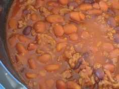 This easy Chihuahua Beer Chili comes together quickly on the stove or in a slow cooker. Enchilada sauce, beer, and spices make it a perfect bowl of red. Chili Recipes, Slow Cooker Recipes, Real Food Recipes, Crockpot Recipes, Soup Recipes, Yummy Food, Dinner Recipes, Yummy Yummy, Cooking With Beer