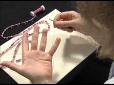 """""""Grundkurs Häkelketten"""" von Lydia Klös – Video zum Buch - Diy Jewelry To Sell Diy Jewelry To Sell, Diy Jewelry Holder, Jewelry Crafts, Crochet Chain, Natural Playground, Book Jewelry, Moisturizer For Dry Skin, Jewellery Storage, Videos"""