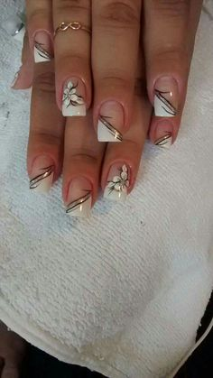 French white side nails and flower - Alex Kiesel - .- Side white french nails and flower – Alex Kiesel – # French - French Nails, French Manicure Nails, Pretty Nail Art, Beautiful Nail Art, Gorgeous Nails, Rose Gold Nails, Purple Nails, Glitter Nails, French Nail Designs