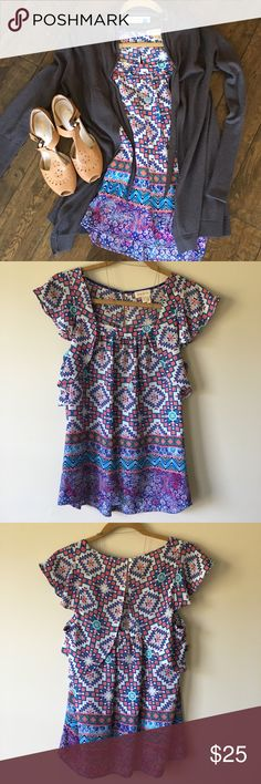 Anthropologie meadow rue Aztec print blouse 2 Excellent condition beachy tones of turquoise coral and indigo. Anthropologie Cardigan also available in separate listing. Make me an offer! Anthropologie Tops Blouses