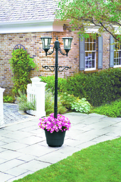 Sunergy Solar Lamp Post With Planter Base 50400356