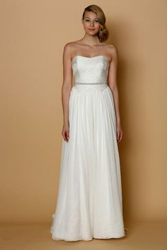 Discover the Alyne Martina Bridal Gown. Find exceptional Alyne Bridal Gowns at The Wedding Shoppe Wedding Dress Gallery, Wedding Dresses 2014, Event Dresses, Designer Wedding Dresses, Wedding Gowns, Beach Wedding Attire, Long Prom Gowns, Dress Collection, Bridal Collection