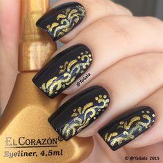 Black and gold design nails art Funky Nail Designs, Gold Nail Designs, Black Nail Polish, Black Nails, Diy Nails, Manicure, Nailart, Funky Nails, Classy Nails