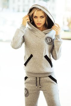 Best Athleisure Outfits Part 11 – Wedding Athleisure Outfits, Sporty Outfits, Cute Outfits, Fashion Outfits, Sport Fashion, Fitness Fashion, Womens Fashion, Winter T Shirts, Mode Hijab