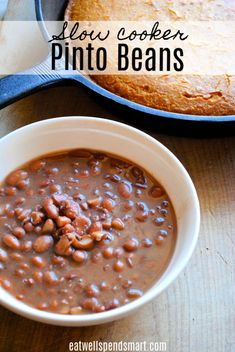 Slow cooker pinto beans - Crockpot pinto beans are the epitome of simple southern comfort food. These simple pinto beans ar - Beans In Crockpot, Slow Cooker Beans, Healthy Crockpot Recipes, Slow Cooker Recipes, Gourmet Recipes, Healthy Snacks, Cooking Recipes, Pinto Beans In Crock Pot Recipe, Crock Pot Beans