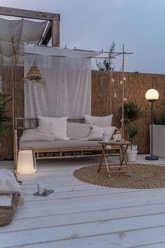 Patio Design, Garden Design, House Design, Outdoor Spaces, Outdoor Living, Outdoor Decor, Outdoor Day Beds, Rooftop Garden, Inspired Homes