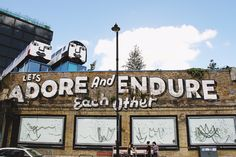 The best places to eat, places to go, and free things to do in East London. Our complete guide to East London has all your answers in one place! Tumblr Wallpaper, Wallpaper Pictures, Hd Wallpaper, Good Life Quotes, Best Quotes, Long Distance Love, London Today, Secret To Success, Happy Relationships
