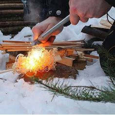 Feather sticks and firelighting